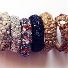 Perlen-, Kiesel-, Crystal A.B.-, bunt, Jet-, Kiesel gold Armreif und Schlange gold Light Siam und bunt